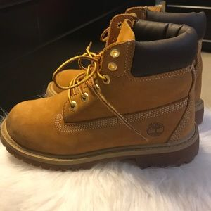 4f4f2820500c5 Timberland Shoes - Preloved Kids Timberland Boots